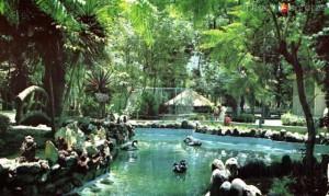 Parque Agua Azul Guadalajara Mexico